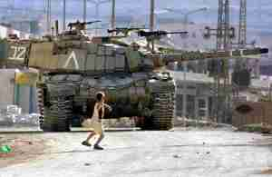 anak palestina dan batu
